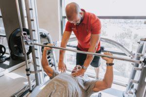 chest press com barra será o único exercício que melhora os resultados para o peito?