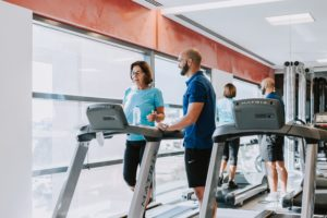 O foco no combate à obesidade e a outras doenças associadas está sobretudo no tratamento, quando temos um 'medicamento' chamado exercício físico que é muito eficaz também na prevenção.